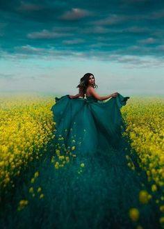 A fotografia surreal e fashion com belas modelos de Svetlana Belyaeva Artistic Photography, Photography Photos, Creative Photography, Amazing Photography, Fashion Photography, Pole Art, Fantasy Princess, Alfred Stieglitz, Photoshop