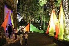 Balada Neon - Decoração da Festa Keep Calm And Go Neon Vai fazer uma festa Neon ? Nós organizamos ela para você.