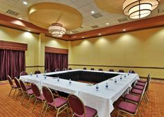 Fedora II at the La Vista Conference Center holds 69 people in Classroom Style seating, 160 Theater/Reception style, and 80 in Banquet Rounds.