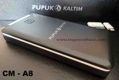 Powerbank CM - A8 Capacity 5600mAh with power indicator. Available in white and black color.
