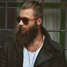 I wanna makeup guy to transform me into his hot full bearded double with his awesome top knot.