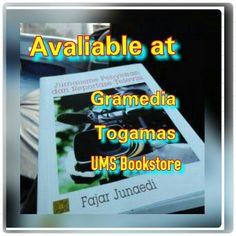 Buku Jurnalisme Penyiaran dan Reportase Televisi dilengkapi tentang bagaimana peliputan di lokasi bencana.
