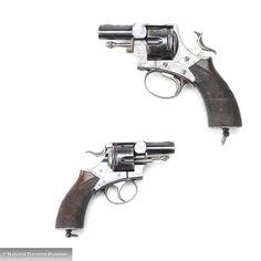 P. Webley & Son Metropolitan Police Double-Action Revolver 792×792 пикс Webley Revolver, Steampunk Gun, Lever Action, British Bulldog, Pistols, Survival Kit, Rifles, Bulldogs, Firearms
