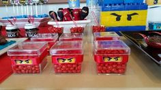 Balinhas Ninjago Lego Ninjago, Ninjago Party, Lego Birthday Party, Boy Birthday, Birthday Parties, Lego Parties, Festa Ninja Go, Childrens Party, Party Themes