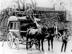Ranmoor Horse Bus outside the Bulls Head Hotel, Fulwood Road (ran from Broomhill to Ranmoor) Local History, Coventry, Sheffield, Black History, Old And New, Horses, People, Pictures, Animals