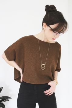 Style Bee - Best for Last. I loved the cropped sweater, especially with the long necklace. Fashion 2015, Daily Fashion, Fall Outfits, Cute Outfits, Best For Last, Black Jeans Outfit, Cool Style, My Style, Cropped Sweater