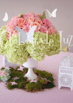 Siluetas de mariposa para decorar arreglos florales