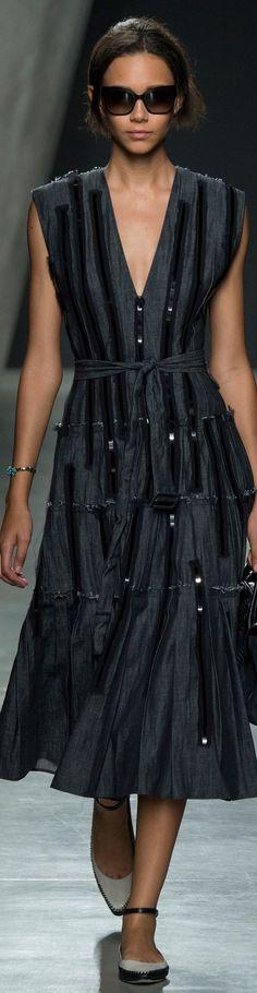 Bottega Veneta Collection Fab little black dress