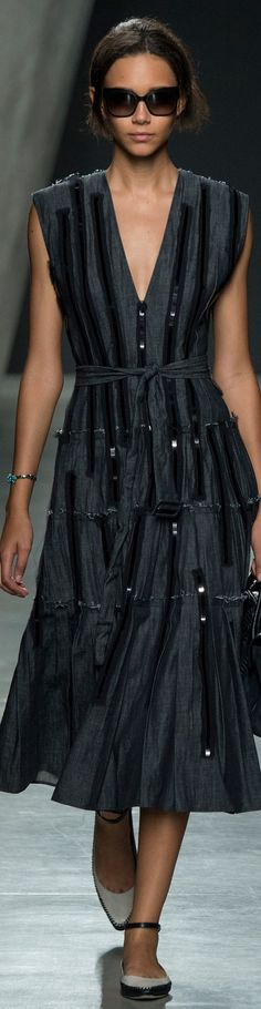 Bottega Veneta Collection Fab little black dress