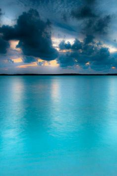 Aqua Isla Harbour Bahamas, Les Bahamas, Bahamas Beach, Phuket, Dream Vacations, Vacation Spots, Places To Travel, Places To See, Beautiful Beaches