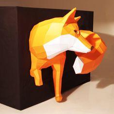 Grosser Fuchs Papierskulptur Wanddesign Projekt von PaperwolfsShop
