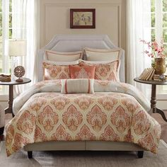 The Harbor House Kalia bedding collection provides the perfect combination of classic and modern design. This coral duvet cover features an updated damask pattern in shades of yellow and orange that creates a sophisticated look. Foyers, Queen Comforter Sets, Bedding Sets, King Duvet, Madison Park Bedding, Damask Bedding, Luxury Bedding, Harbor House, Yurts