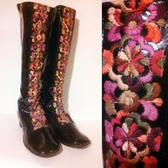 1960s GOGO Boots / Vinyl Boots /  Mod Boots / Embroidered Detail Boots / Size 8 by GlitterNGoldVintage on Etsy