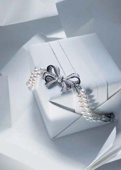 Wholesale 100pcs Trendy Retro Stock Random Earrings Set Stall Boho Gift Jewelry