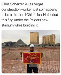 Not sure if this is true but it's a good story Chiefs Memes, Funny Football Memes, Nfl Memes, Sports Memes, Kansas City Chiefs Football, Kc Football, Football Stuff, American Football, Nfl Quotes