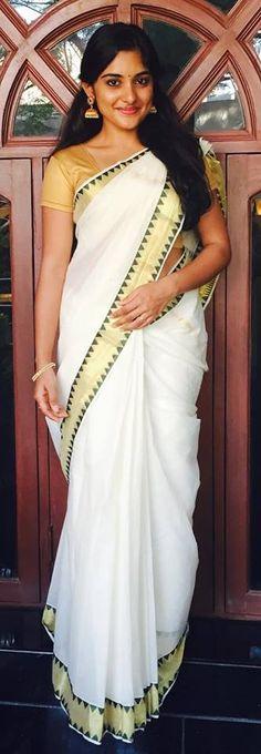 Malayalam Actress Onam Celebration Photos 2016 in Kerala saree - Movie Gallery Beautiful Girl Indian, Most Beautiful Indian Actress, Beautiful Saree, Beautiful Actresses, Beautiful Women, Indian Actress Photos, Indian Actresses, Indian Beauty Saree, Indian Sarees