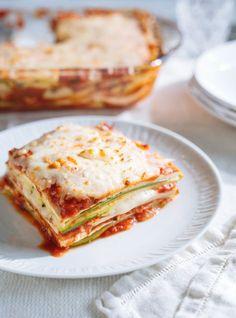 Courgettes et tofu alla parmigiana, Ricardo Cuisine Tofu Recipes, Vegetable Recipes, Vegetarian Recipes, Cooking Recipes, Healthy Recipes, Tofu Lasagna, Confort Food, Unique Recipes, Different Recipes