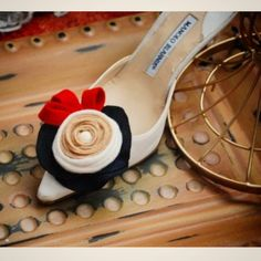 Come and get 100s of #Fashion #ShoeClips Now! Update any... #wedding #weddings