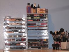 make up storage | To get the affordable brushes you see here, go to: http://www ...