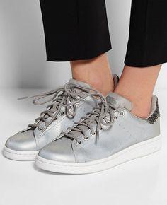 size 40 9cf20 61a0d Adidas Stan Smith Metallic grey Chaussure Tendance, Chaussure Mode, Belle  Chaussure, Basket Mode