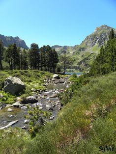 Arrivée à l'étang de Laurenti (1 936 m) / Ariège