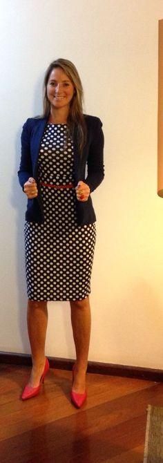 Look de trabalho - vestido poá - poá e vermelho - polka dots: