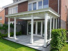 Klassieke veranda   stijlvol tot in detail