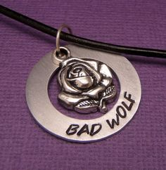 Doctor Who Inspired - Bad Wolf - A Hand Stamped Aluminum Washer Necklace on… Doctor Who Jewelry, All Doctor Who, Fandom Jewelry, Washer Necklace, Rose Necklace, Fandom Outfits, Rose Tyler, Bad Wolf, Geek Out