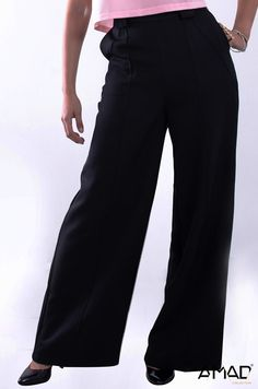 Pantalón recto, con cortes en detalle Bolsas laterales