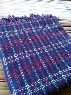 "Baduy Handwoven ""Adu Mancung' Handmade Open Order 4 days Overseas Shipping 100 x 200cm #handwoven #handwovenfabric #adumancung #tenunbaduy #openorder #suatsongket  . . IDR 300.000,-"