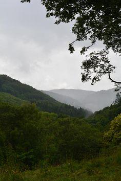 Cloud over the mountains near the Fairy Glen
