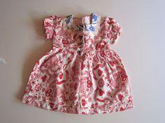 Schöne alte Puppenkleidung - Hübsches Kleid/ weiß und rosa gemustert