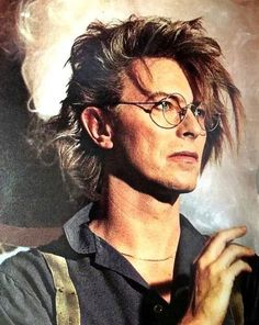 Style Icons Men David Bowie 54 Ideas For 2019 Iggy Pop, Jean Michel Basquiat, Rock And Roll, The Rock, Martin Scorsese, Mick Jagger, Glam Rock, Mayor Tom, Music Poster