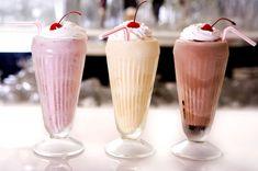 We all love to drink milk shakes in summer. What is your favorite milk shake flavor? Milk Shakes, Milkshake Glasses, Milkshake Bar, How To Make Milkshake, Homemade Milkshake, Riverdale Aesthetic, Wally West, Desserts, Healthy Smoothies