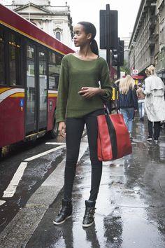 knit, skinnies & lookin cool. #offduty in London.