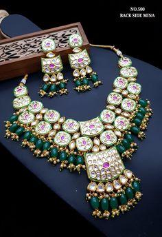 Rs 3250 + Shipping Extra Original Glass Kundan set with back minakari Indian Bridal Jewelry Sets, Bridal Jewelry Vintage, Indian Jewelry Earrings, Bridal Bangles, Royal Jewelry, Bridal Jewellery, Marathi Bride, Kundan Set, Bangle Set
