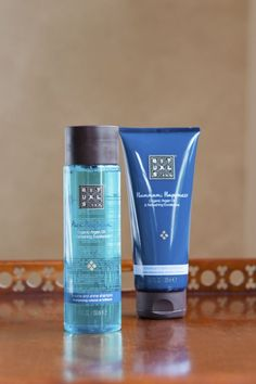 Our Hammam Shampoo & Conditioner contains organic Argan Oil. It adds shine, volume and a subtle fragrance of Eucalyptus.