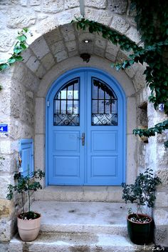 Izmir, Turkey - Love this Blue against white - feels so fresh and welcoming.