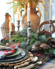 Christmas Lodge, Tartan Christmas, Woodland Christmas, Christmas Room, Christmas In July, Rustic Christmas, Merry Christmas, Christmas Dining Table, Christmas Table Settings
