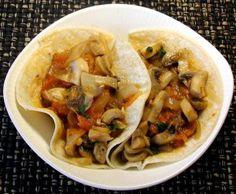 Tacos de champiñones a la mexicana