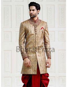 Indian Man, Indian Groom, Indian Ethnic, Wedding Designs, Wedding Ideas, Groom Outfit, Sherwani, Turbans, Online Clothing Stores