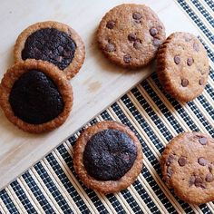 Chocolate Crinkles, Chocolate Bark, Dark Chocolate Chips, Chocolate Chip Cookies, Cookie Dough Truffles, Edible Cookie Dough, Brookies, Brownie Batter, Oreo
