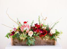 Gardening Roses Backyard Bistro by Lauren Kelp Fake Flowers, Fresh Flowers, Beautiful Flowers, Exotic Flowers, Purple Flowers, Wild Flowers, Outdoor Dinner Parties, Fleur Design, Corporate Flowers