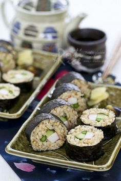 These Brown Rice Sushi rolls with cucumber, asparagus, and crab sticks are a healthier alternative to regular white rice sushi. They are just as tasty. Sushi Recipes, Seafood Recipes, Asian Recipes, Healthy Recipes, Asian Foods, Rice Recipes, Recipies, Brown Rice Sushi, Clean Eating Recipes