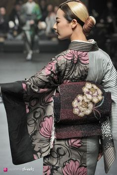 """Love the fabrics' design! beautiful colors - quiet tones...It's a traditional design in a more western color and feel design - like a """"classic lady"""" or """"business woman with chic"""" ;0) has the best of both worlds and cultures. love it!  ___________ Jotaro Saito"""
