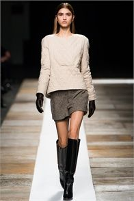 Sfilata Theyskens' Theory New York - Collezioni Autunno Inverno 2013-14 - Vogue