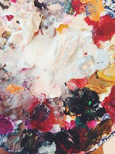 palette http://paperfashion.net/2014/06/12/imagination-2/