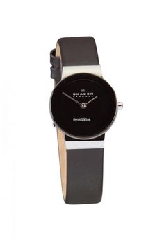 Discover a large selection of Skagen watches on - the worldwide marketplace for luxury watches. Compare all Skagen models ✓ Buy safely & securely Skagen Watches, Black Leather Bracelet, Dream Watches, Smart Watch, Jewelry Watches, Lady, Stuff To Buy, Steel, Jewellery
