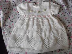 Como hacer vestidos de bebé tejidos a dos agujas - Imagui