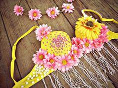 Sunny Daisy Rave Bra by TheLoveShackk on Etsy
